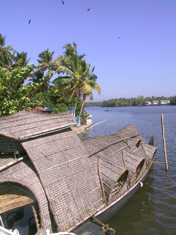 Converted rice barge for Kerala Tourism. Photography by Anne Marie Peterson-Kolatkar (c)2002.